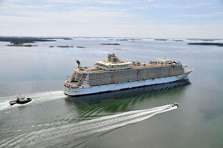 Titanik'ten 5 kat daha büyük galerisi resim 7