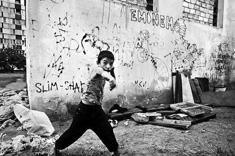Yeraltında yaşayan sokak çocukları galerisi resim 14