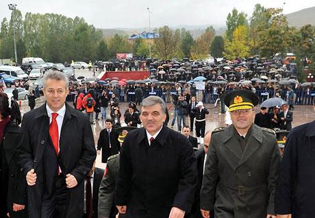 Cumhurbaşkanı Gül'e Tunceli'de Yoğun İlgi galerisi resim 19