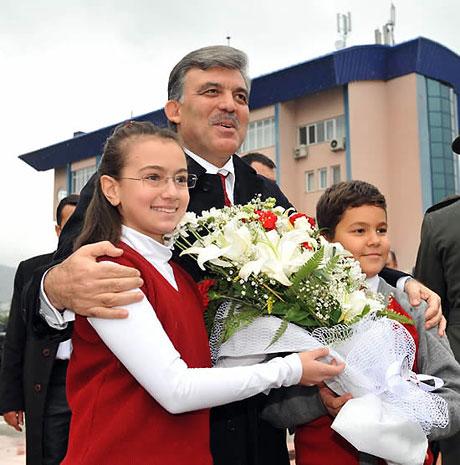 Cumhurbaşkanı Gül'e Tunceli'de Yoğun İlgi galerisi resim 4