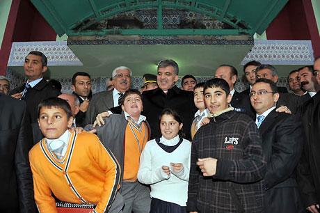 Cumhurbaşkanı Gül'e Tunceli'de Yoğun İlgi galerisi resim 40