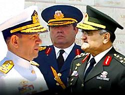 Eski kuvvet komutanları gözaltında