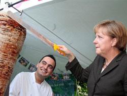 Merkel'in döner keyfi!