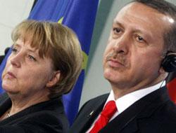 Almanya Başbakanı Türkiye'ye geliyor