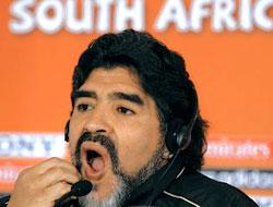 Maradona: Pele müzesine dönsün!