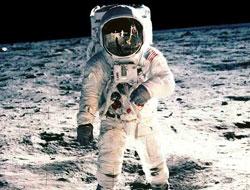 NASA ilk adımların görüntülerini yayınladı