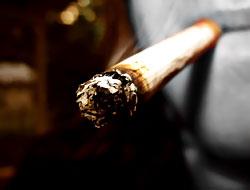 Sigara ve alkole sağlık vergisi geliyor