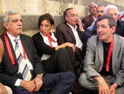 DTP'den 'Öcalan'la görüşülsün' çağrısı