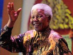 Mandela 91 yaşında, Carla Bruni sahnede