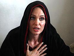 Angelina Jolie'den sert tepki!