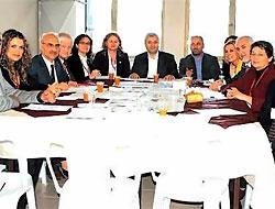 Yeni Parti zirvesi Silivri'de
