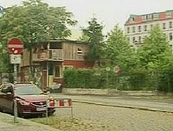 Berlin Duvarına gecekondu yapan Yozgatlı