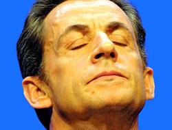 Sarkozy'nin kısa ziyareti krize yol açtı