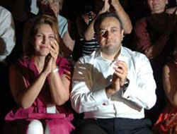 Sezen Aksu konserini Bakan Bağış da izledi