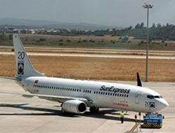 Sun-Express uçağı İstanbul'a zorunlu iniş yaptı