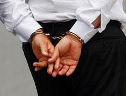 Gözaltındaki avukatlar adliyede