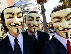 Anonymous: İsrail'i internetten sileriz