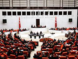 Yeni anayasa 'makul süre'de bitecek