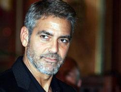 Clooney'den deprem mesajı