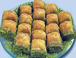 Baklava resmen Türk tatlısı