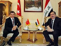 Dışişleri Bakanı Davutoğlu, Zebari ile görüştü