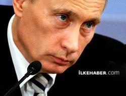 Putin: Ukrayna iç savaşın eşiğinde