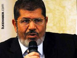 Mursi açlık grevine başladı