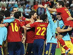 Portekiz'i geçen İspanya ilk finalist