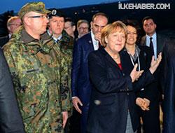 Merkel Türkiye'de patriot denetledi