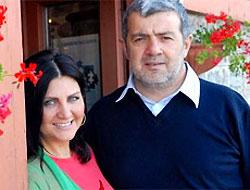 Sibel Can kocasından boşanamadı
