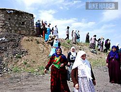 Barış Anneleri korucuları ziyaret etti