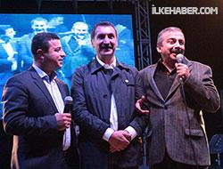 Demirtaş, Önder  ve Ferhat Tunç birlikte söyledi