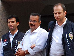 Cemil Baran yine gözaltına alındı