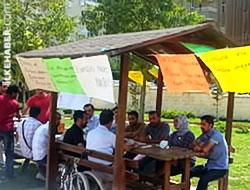 Kürtçe öğretmenleri 'açlık grevi'nde...