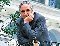 Yazar Mehmed Uzun mezarı başında anıldı