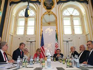 Kerry: İran'la sonsuza kadar müzakere masasında oturmayacağız