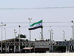 Tel Abyad'a ÖSO bayrağı asıldı; YPG iddiaları yalanladı