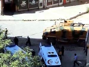 Şemdinli'de patlama: 2 asker hayatını kaybetti