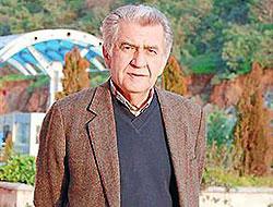 Prof. Ünsal Oskay vefat etti