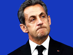 Sarkozy ön seçimde kaybetti