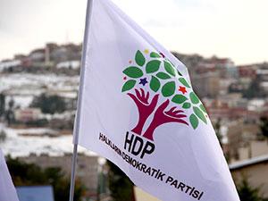 HDP iki belediye eş başkanını disipline sevk etti