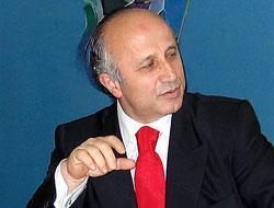 Yaşar Nuri Öztürk partisinden istifa etti!