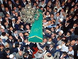 Büyükdeniz'in cenazesi toprağa verildi