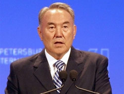 Nazarbayev Ankara'da