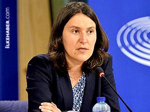 AP raportörü: İlişkileri dondurmak vereceğimiz tek yanıt
