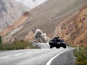 Başkale'de bombalı tuzak: 8 asker yaralı