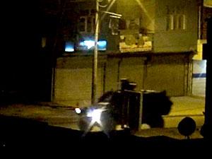 Irak sınırına gece tank, zırhlı araç sevkiyatı yapıldı
