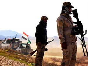 Musul'da intihar saldırısı: En az 70 Irak askeri hayatını kaybetti