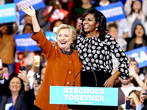 Michelle Obama ve Hillary Clinton'dan bir ilk