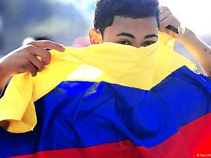 Kolombiya'da parlamento barışa 'evet' dedi
